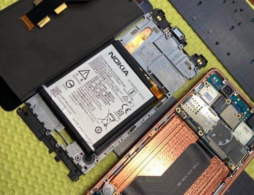 Nokia8 尾插受潮、時充時不充+換電池